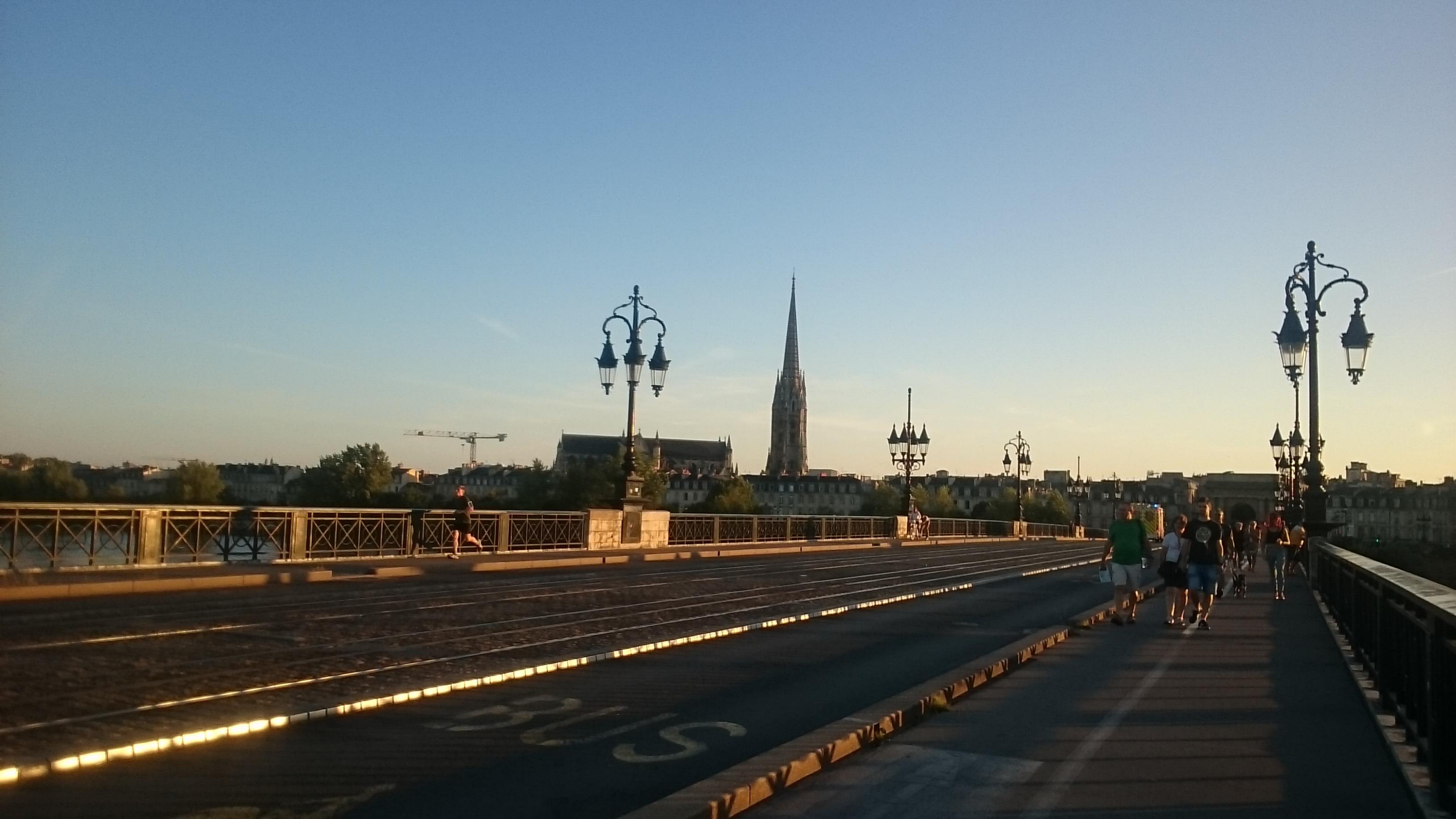 Pont de Pierre. Bordeaux