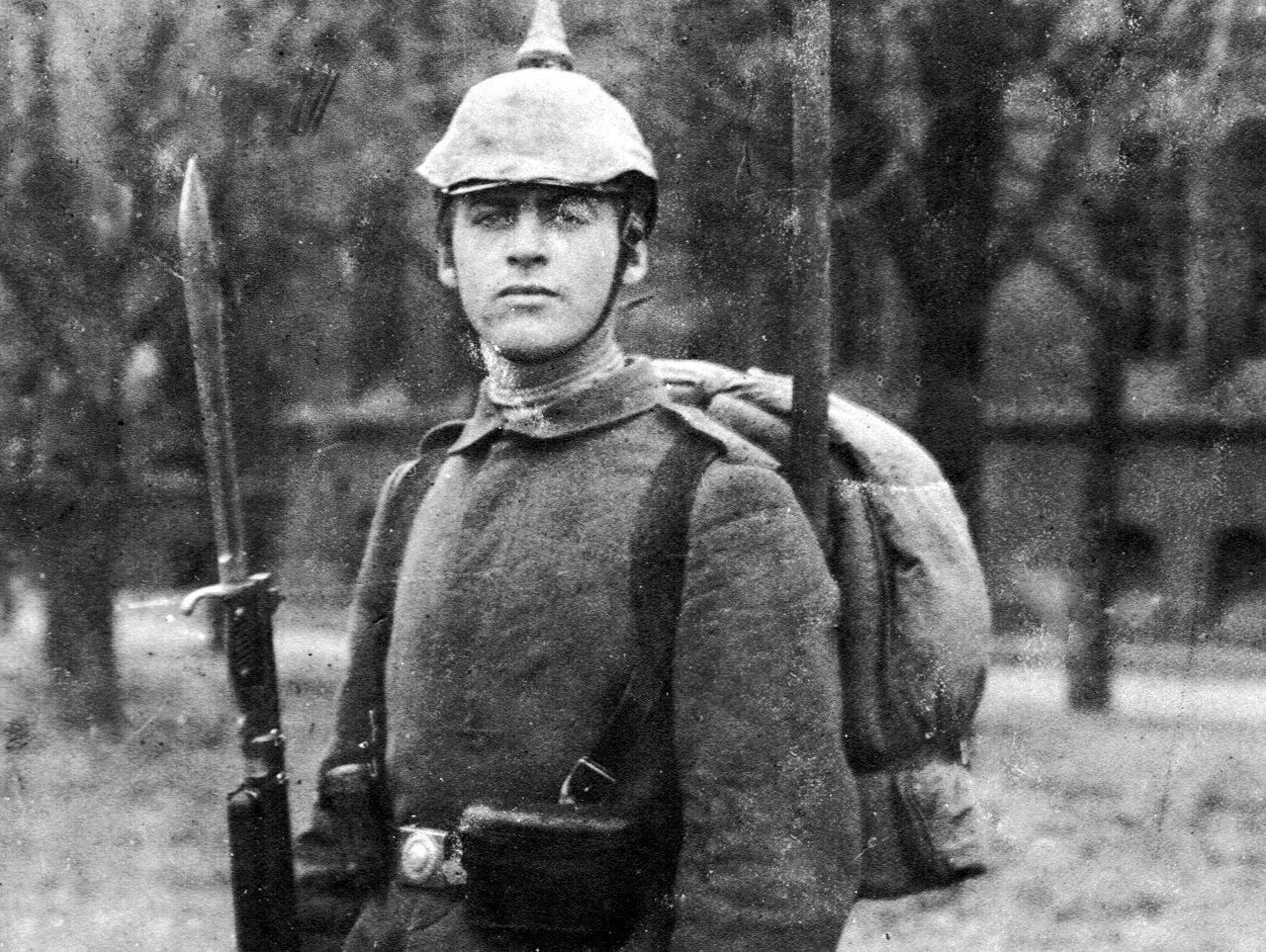 Эрих Мария Ремарк, 1918 г.